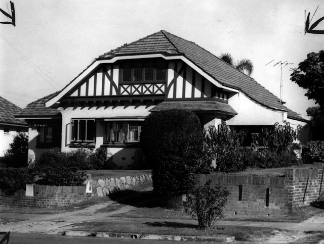 Suburban house, Ascot. (Source: SLQ)